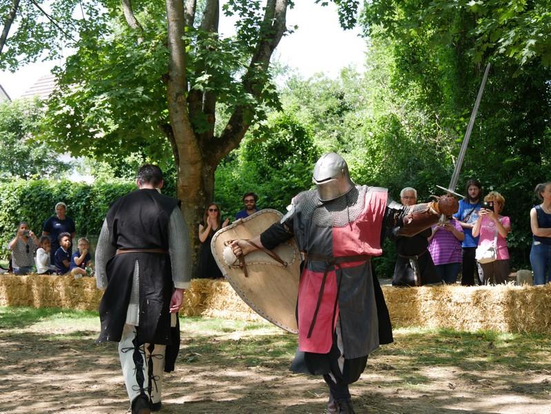 combats fete medievale crecy la chapelle (2)
