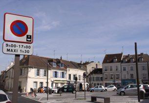 Place du Marché : circulation et stationnement